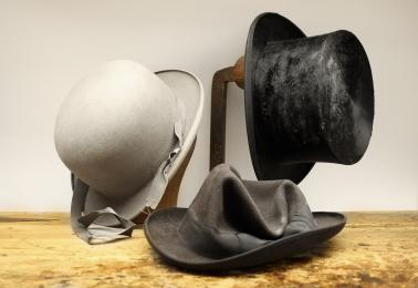 Reparation & renovering av hattar!